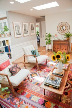 Bright And Colorful Living Room Design Ideas15