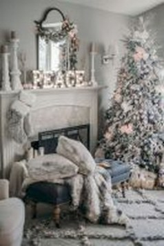Best Winter Living Room Decoration Ideas 44