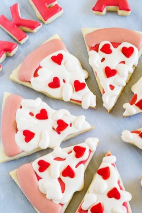Cute Easy Valentine Candy Decorations 08
