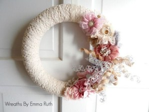 Cute Valentine Door Decoration Ideas You Should Try 02