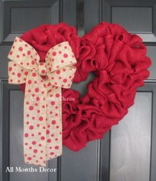 Cute Valentine Door Decoration Ideas You Should Try 25