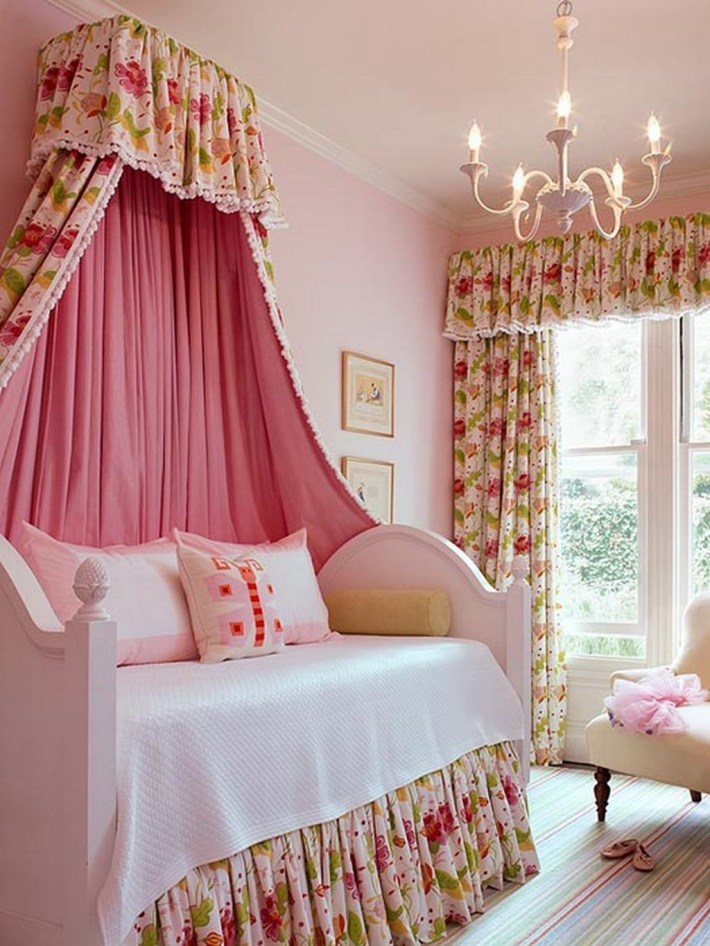 Romantic Bedroom Decorating Ideas For Valentines Day 17
