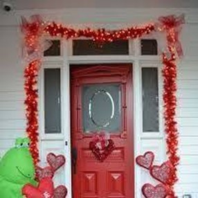 Stunning DIY Outdoor Valentine Decoration Ideas 28