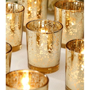Stunning Gold Winter Decoration Ideas 09