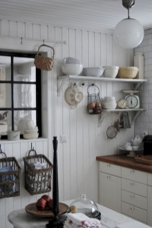 Stylish Rustic Kitchen Apartment Decoration Ideas 58