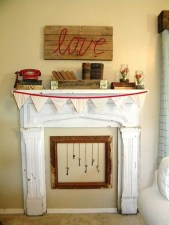 Totally Cool Valentine Mantel Decoration Ideas 24