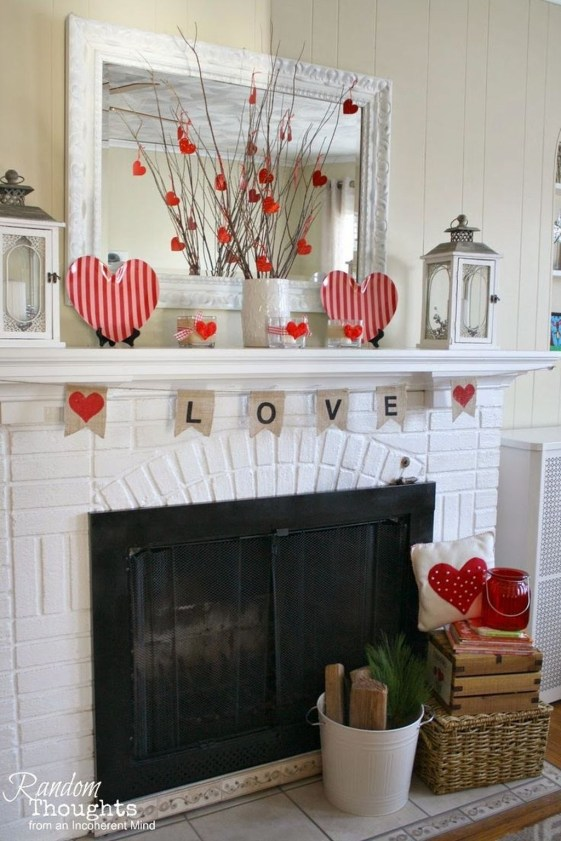Totally Cool Valentine Mantel Decoration Ideas 40