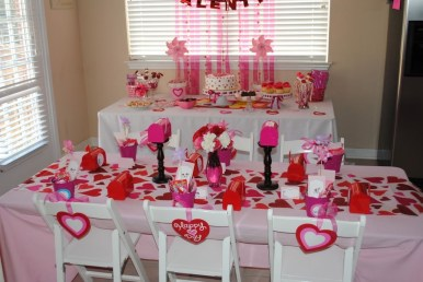 Inspiring Table Decoration Ideas For Valentines Party 20