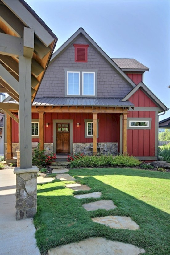 Modern Farmhouse Exterior Designs Ideas 40