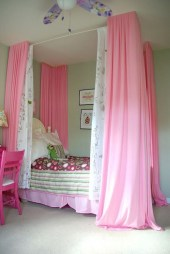 Awesome Canopy Bed With Sparkling Lights Decor Ideas 22