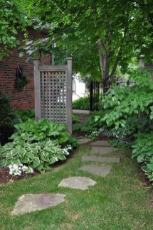 Stylish Stepping Stone Pathway Décor Ideas 11