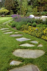 Stylish Stepping Stone Pathway Décor Ideas 21
