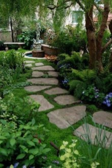 Stylish Stepping Stone Pathway Décor Ideas 50