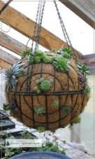 Comfy And Unique Garden Decor Ideas 10