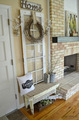 Stunning Farmhouse Entryway Decoration Ideas 39