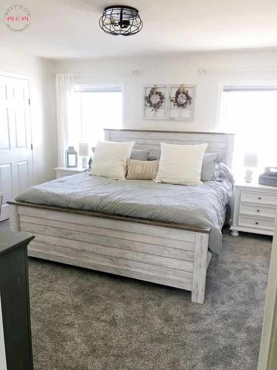 Stunning Bedroom Design And Decor Ideas With Farmhouse Style45