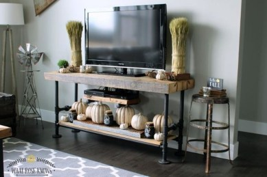 Stylish Console Table For Halloween Ideas 03