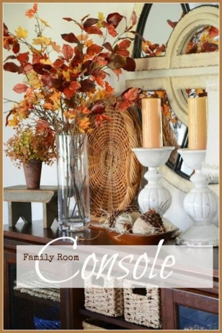 Stylish Console Table For Halloween Ideas 44