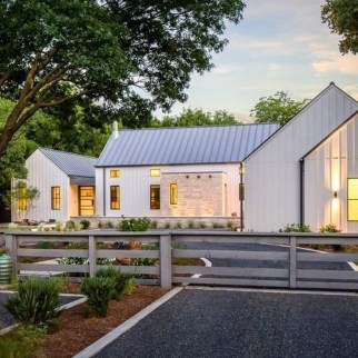 Brilliant Modern Farmhouse Exterior Design Ideas17