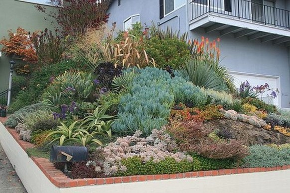 Pretty Front Yard Rock Garden And Landscaping Ideas40