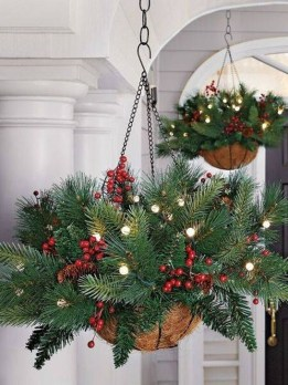 Lovely Christmas Porch Makeover Ideas36