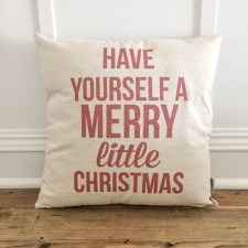 Stunning Red Christmas Pillow Design Ideas23