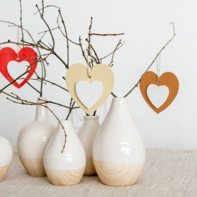 Cheap Diy Ornaments Ideas For Valentines Day08