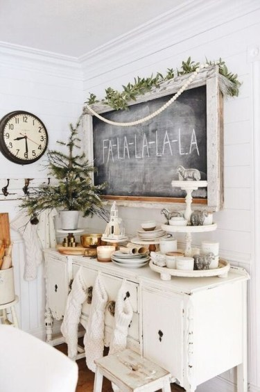Perfect White Christmas Decoration Ideas44