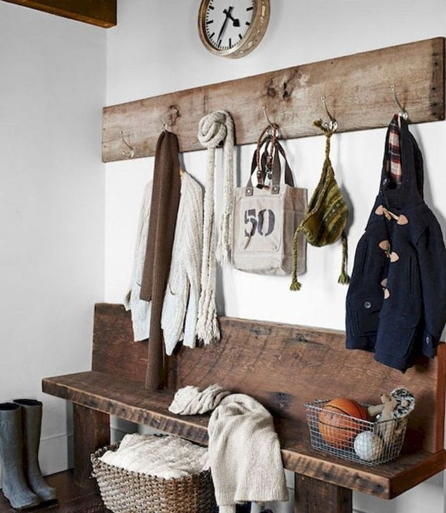 Awesome Rustic Mudroom Bench Decorating Ideas On A Budget03 ...