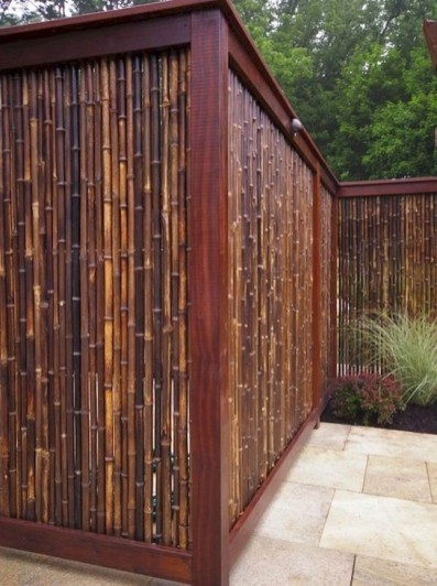 Stylish Wooden Privacy Fence Patio Backyard Landscaping Ideas43