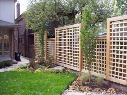 Stylish Wooden Privacy Fence Patio Backyard Landscaping Ideas44