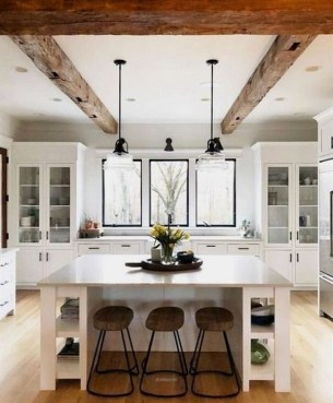 Amazing Living Rooms Design Ideas With Exposed Wooden Beams 24