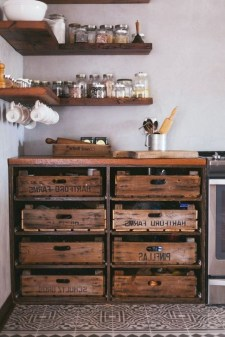 Inexpensive Diy Pipe Shelves Ideas On A Budget22