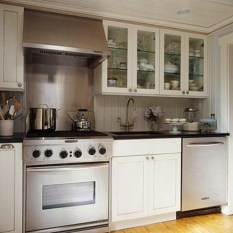 Magnficient Small Kitchens Ideas With Dark Cabinets08