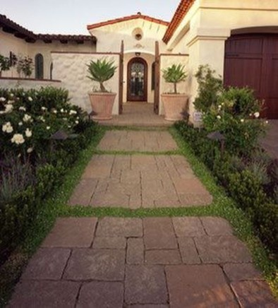 Relaxing Front Sidewalk Landscaping Ideas13
