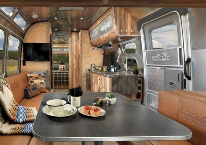 Splendid Rv Camper Remodel Ideas 15