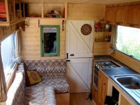 Splendid Rv Camper Remodel Ideas 25