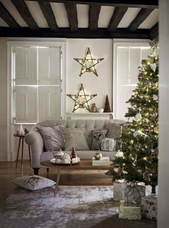 Rustic Living Room Decoration Ideas With Some Ornament 23