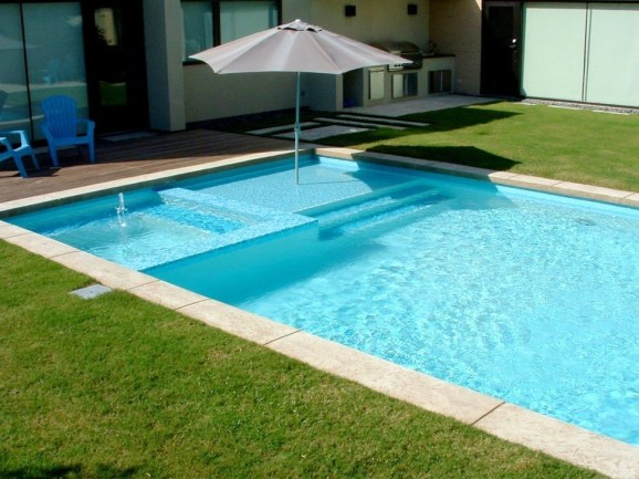 Comfy Backyard Designs Ideas With Swimming Pool Looks Cool 37
