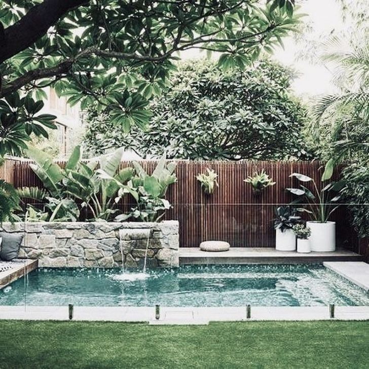 Comfy Backyard Designs Ideas With Swimming Pool Looks Cool 41