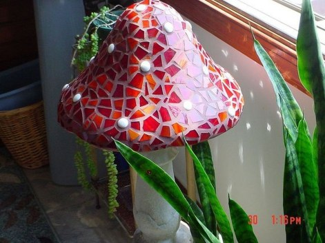Enchanting Diy Mosaic Craft Ideas To Beautify Your Home Decoration 03