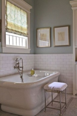 Lovely Farmhouse Bathroom Makeover Ideas To Try Right Now 18