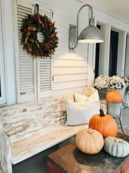 Extraordinary Fall Porch Ideas That Will Be Surely Comfortable 21