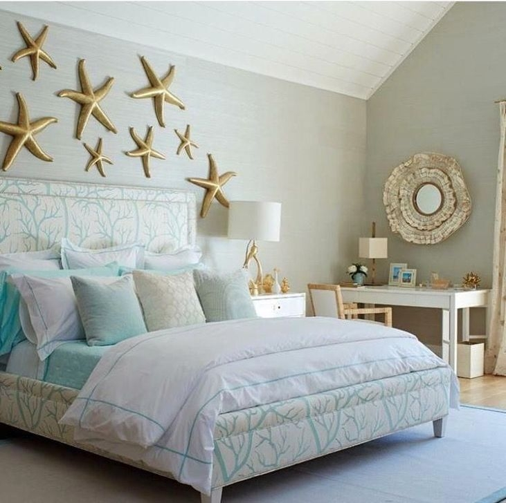 Favored Bedroom Design Ideas With Beach Themes 42
