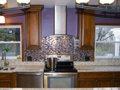 Splendid Kitchen Designs Ideas With Tones Of Vibrant Colors 23