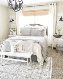 Trendy Farmhouse Master Bedroom Design Ideas 05