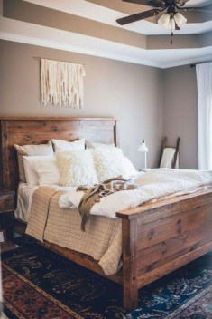 Trendy Farmhouse Master Bedroom Design Ideas 09