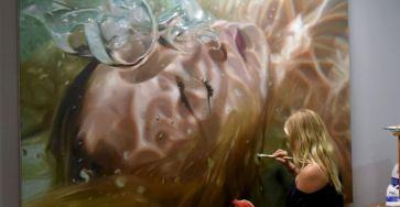 Realistic Underwater Paintings By Reisha Perlmutter