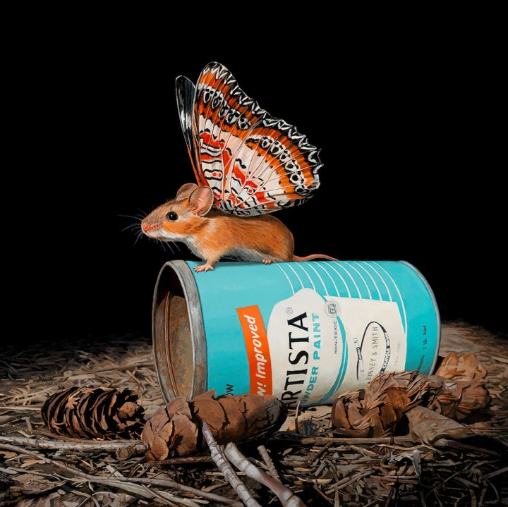 hyperrealistic-paintings-tiny-mouse-with-butterfly-wings-by-lisa-ericson-99
