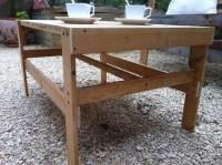 DIY Pallet Patio Coffee Table